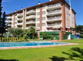 Espectacular Apartamento Totalmente Reformado de Calidad. Vive en el Mejor Complejo equipado con Piscina, Tenis, Jardines, Barbacoa, y más! #inmo_03629_130034