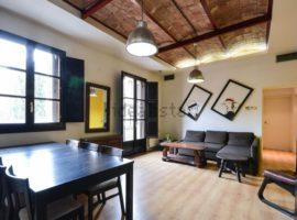 Alquiler de piso en calle de Josep Torres, Barcelona, 2